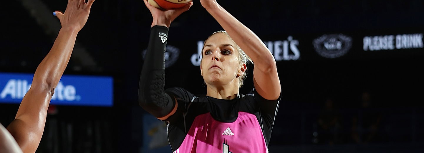 ROSEMONT, IL - AUGUST 4: Elena Delle Donne #11 of the Chicago Sky shoots the ball against the Indiana Fever on August 4, 2015 at Allstate Arena in Rosemont, Illinois. NOTE TO USER: User expressly acknowledges and agrees that, by downloading and or using this Photograph, user is consenting to the terms and conditions of the Getty Images License Agreement. Mandatory Copyright Notice: Copyright 2015 NBAE (Photo by Gary Dineen/NBAE via Getty Images)